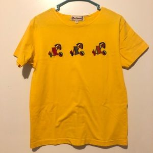 Tops - Vintage yellow tee with embroidery